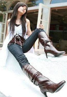 提醒!年轻女性偏爱时髦长靴容易患冻疮