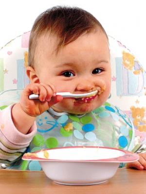专家:宝宝滥吃中草药可导致性早熟