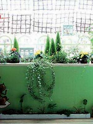 小阳台布置出好效果 变成温馨小花房
