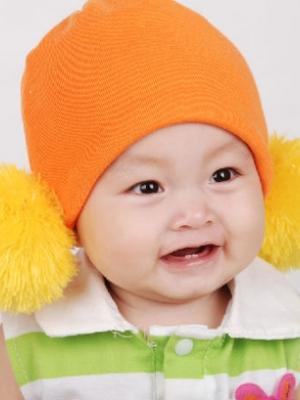 宝宝打嗝的原因 6招可预防