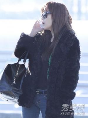 少女时代纽约机场上演墨镜私服时尚穿衣秀