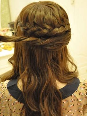 教你三款编发打造早春优雅发型