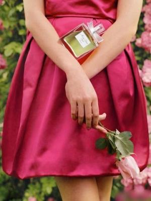 盘点经典新娘香氛 散发浪漫女人味