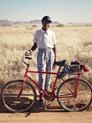 非洲土著民族展示最炫民族风