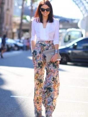 印花长裤堪称夏季防晒的MUST HAVE
