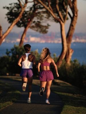 正确的跑步姿势 纤细美腿跑出来