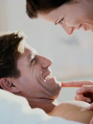 5种挑逗方法让你的男人激情万丈