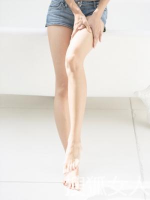 警惕5种错误走姿使你的腿更肥胖