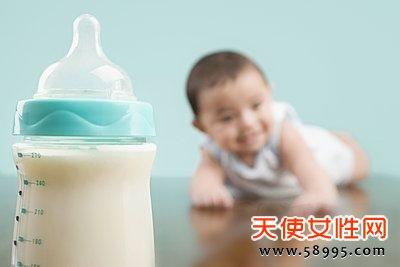 不满周岁的宝宝不宜喝酸奶