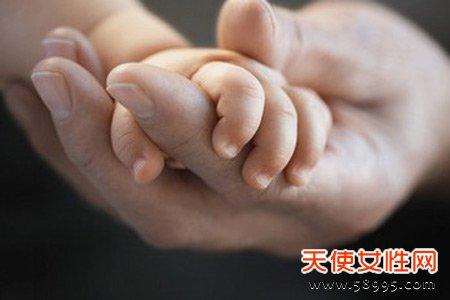 宝宝晚上哭闹12种原因大揭秘