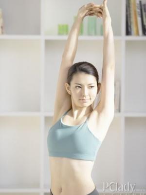 一套瘦臂动作让你轻松拥有纤细手臂
