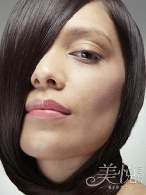 如何正确去除头皮屑 早日拥有美丽而迷人的秀发