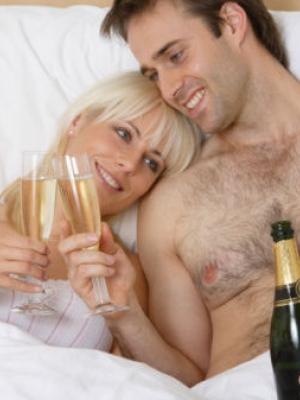 分享高手调情绝招 提高你和你伴侣的性爱情趣