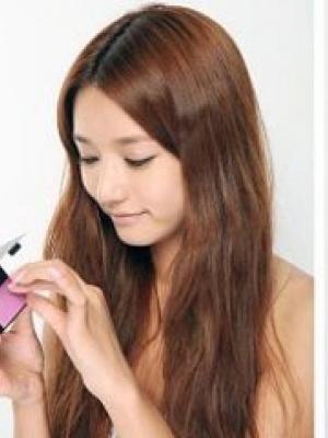 有什么秘诀可以维持自然透净的彩妆呢?